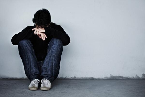 Trầm cảm là gì? Nguyên nhân, dấu hiệu và cách điều trị bệnh trầm cảm