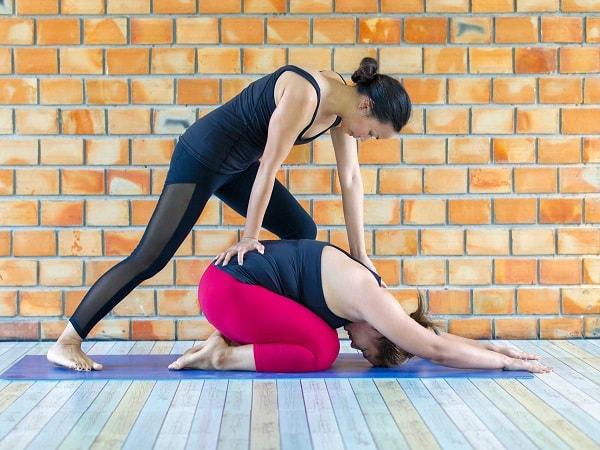 Có thể điều trị dứt điểm thoát vị đĩa đệm bằng yoga hay không 1