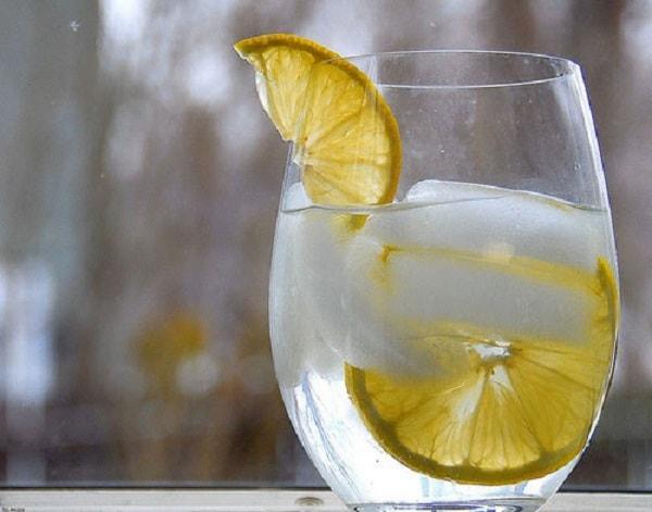 Sai lầm thường gặp khi giảm cân bằng nước chanh gây hại sức khỏe