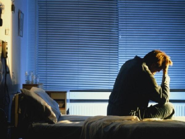 điều trị bệnh mất ngủ về đêm