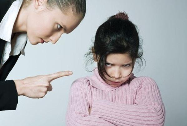 Trẻ trong độ tuổi dậy thì thường vô cùng ương bướng