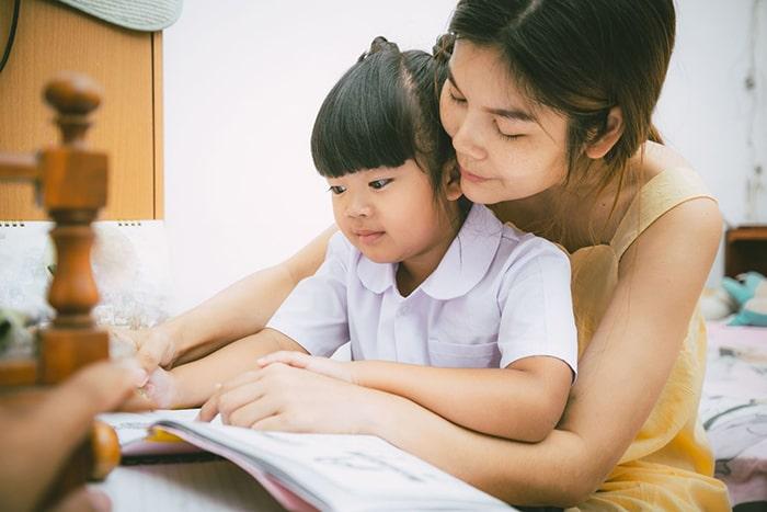 Cho con học trước chương trình đang trở thành 1 trào lưu của toàn xã hội.