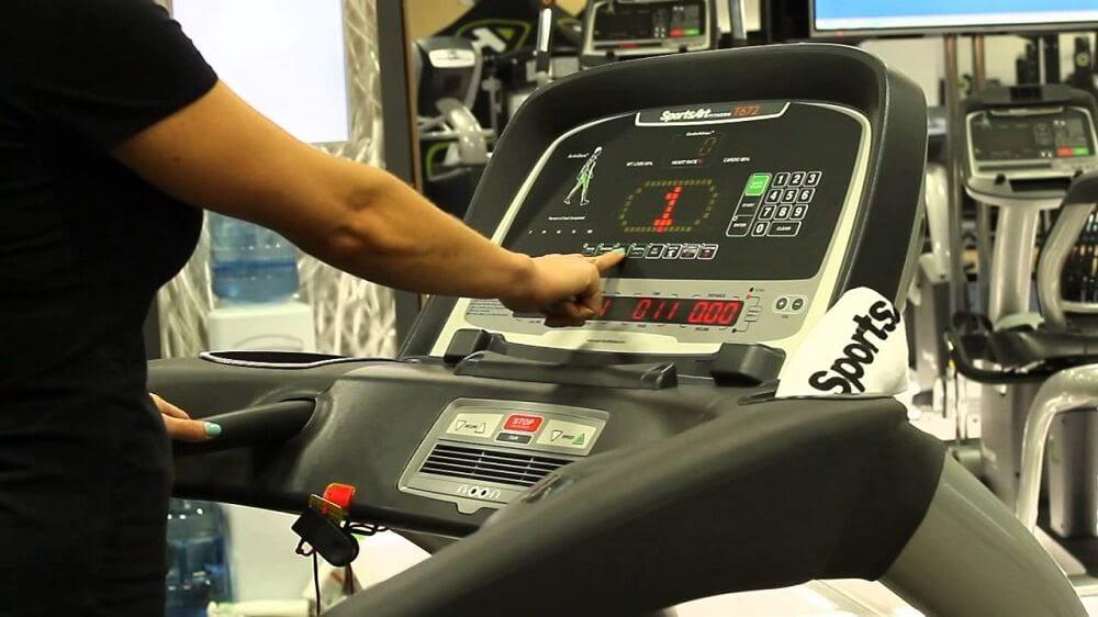 Cách sử dụng máy chạy bộ không khó như bạn nghĩ