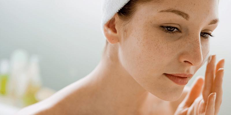 Sử dụng kem bôi trị nám để chữa nám da